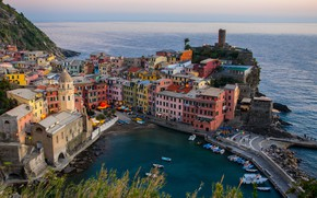 Обои море, city, побережье, дома, лодки, Италия, залив, sea, landscape, Italy, coast, panorama, beautiful, houses, Vernazza, ...