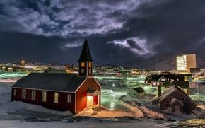 Картинка горы, ночь, город, дома, Дания, освещение, церковь, Гренландия, снега, Нуук