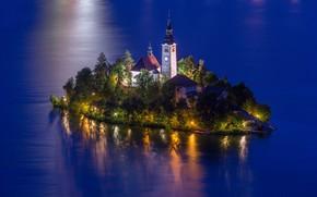 Картинка вода, пейзаж, природа, озеро, вечер, освещение, церковь, островок, Словения, Lake Bled, Бледское озеро, Блед