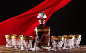 Картинка дракон, бутылка, сервиз, стаканчики, стопки