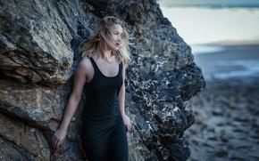 Картинка море, девушка, природа, поза, скала, ветер, берег, волосы, Яна, Pedro Courelas