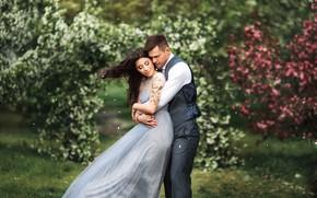 Картинка девушка, природа, ветер, сад, объятия, пара, мужчина, влюбленные, красивые, Бармина Анастасия