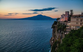 Картинка rocks, twilight, trees, sky, Vesuvio, clouds, building, sea, nature, landscape, volcano, city, lights, sunset, cliff, …