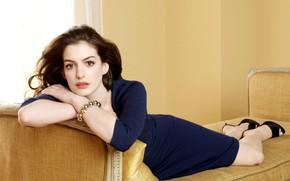 Картинка взгляд, поза, макияж, актриса, певица, Anne Hathaway, Энн Хэтэуэй