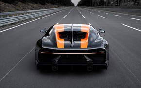 Картинка асфальт, Bugatti, трек, гиперкар, Chiron, Super Sport 300+