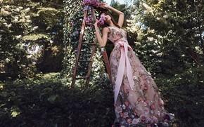 Картинка девушка, поза, модель, платье, лестница, красивая, Юлия Горбаченко
