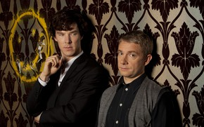 Картинка фон, двое, Шерлок Холмс, смайлик, Мартин Фримен, Бенедикт Камбербэтч, Sherlock, Sherlock BBC, Sherlock Holmes, Джон …