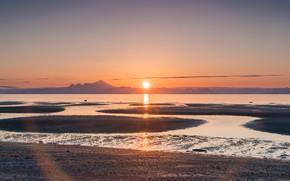 Картинка пляж, солнце, закат, горы, рассвет, берег, дымка, водоем
