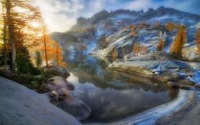 Картинка осень, деревья, горы, озеро, отражение, Washington State, Alpine Lakes Wilderness, Штат Вашингтон, Leprechaun Lake, Озеро …