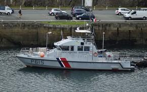 Картинка причал, катер, береговая охрана