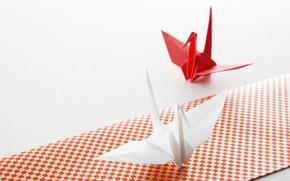 Картинка бумага, минимализм, Япония, белый фон, оригами, бумажный журавлик, народные традиции, складывание фигурок, декоративно-прикладное искусство