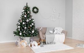 Картинка зима, шарики, комната, диван, стена, праздник, шары, интерьер, Рождество, подарки, Новый год, коврик, ёлка, нарядная, …