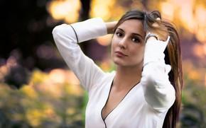 Картинка взгляд, девушка, поза, волосы, боке, Giulia