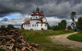 Картинка дорога, тучи, церковь, дрова, храм, Россия