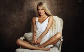 Обои Девушка, кресло, блондинка, сидит, Dmitry Arhar, Alena Filinkova, Алёна Филинкова