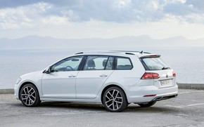 Картинка берег, Volkswagen, стоянка, универсал, 2017, Golf Variant, бело-серый