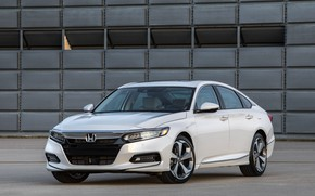Картинка белый, стоянка, Honda, Accord, седан, 2018, Touring, 2.0T, четырёхдверный