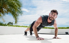 Картинка взгляд, актер, model, pose, атлет, отжимания, Крис Хемсворт, Chris Hemsworth, workout, fitness