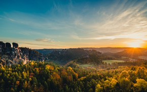 Картинка лес, солнце, горы, скалы, Германия, Эльбские Песчаниковые горы