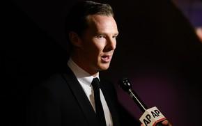 Картинка взгляд, фон, микрофон, разговор, Бенедикт Камбербэтч, Benedict Cumberbatch