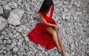 Картинка девушка, камни, платье, ножки, Belavin, Александр Белавин