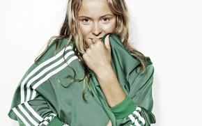 Картинка взгляд, поза, модель, макияж, прическа, певица, hair, Zara Larsson, Зара Ларссон, Сара Ларссон