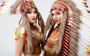 Картинка девушки, перья, светлый фон, костюмы, раскрас, роуч, Виталий Рычков