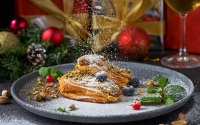 Картинка ягоды, тарелка, пирожное, орехи, крем, десерт, сахарная пудра, канноли