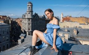 Картинка девушка, высота, платье, ножки, на крыше, Максим Иванов