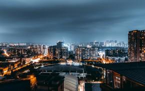 Картинка небо, свет, city, город, огни, молния, здания, дома, этажи, фонари, ночной город, night
