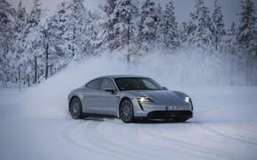 Картинка снег, серый, движение, Porsche, занос, 2020, Taycan, Taycan 4S