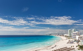Картинка песок, море, пляж, небо, солнце, облака, пейзаж, пальмы, побережье, дома, горизонт, Мексика, отели, Cancun beach