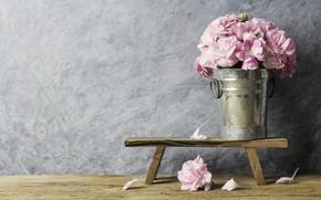 Картинка цветы, лепестки, розовые, vintage, wood, pink, flowers, beautiful, romantic