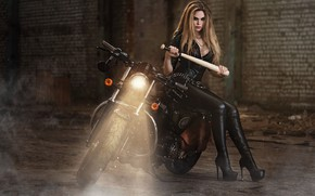 Картинка взгляд, свет, куртка, сапоги, мотоцикл, красотка, девушка, Илья Новицкий