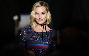 Картинка взгляд, поза, улыбка, макияж, актриса, блондинка, smile, look, blonde, pose, actress, hairstyle, Margot Robbie, Марго …
