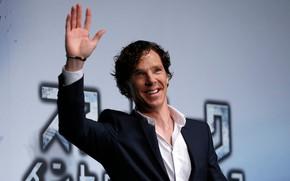 Картинка улыбка, рука, улыбается, Бенедикт Камбербэтч, Benedict Cumberbatch, британский актер, машет