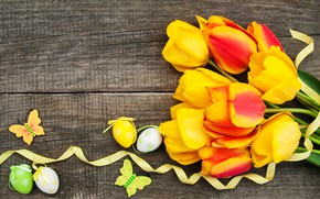 Картинка цветы, яйца, colorful, Пасха, тюльпаны, happy, yellow, wood, flowers, tulips, Easter, purple, eggs, decoration