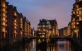 Обои небо, огни, дома, вечер, Германия, канал, мосты, Гамбург, Germany, Speicherstadt, Hamburg