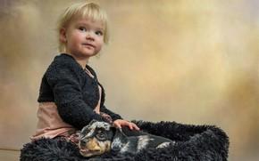 Картинка уют, собака, ребёнок