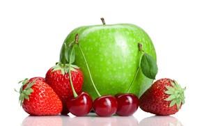 Обои клубника, вишни, яблоко