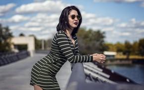 Картинка секси, поза, боке, на мосту, Karla Bastidas