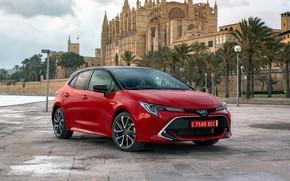 Картинка пальмы, замок, Испания, набережная, тучи., Toyota-Corolla-Hatchback-Hybrid-20L-2019-5120x2880