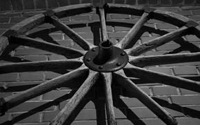Картинка металл, стена, дерево, кирпич, колесо, черно - белое