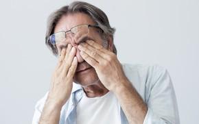 Картинка man, glasses, fatigue, tiredness
