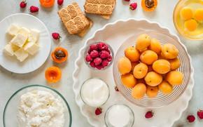 Картинка малина, масло, яйца, молоко, печенье, абрикосы, творог, сметана