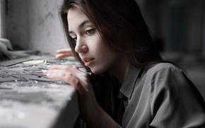 Картинка стекло, осколки, веснушки, губки, Кристина Брезгина