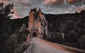 Картинка дорога, пейзаж, тучи, мост, замок, Германия, леса, Эльц, Eltz Castle