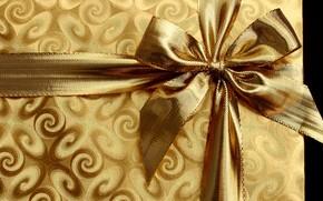 Картинка фон, коробка, подарок, узор, блеск, лента, Новый год, позолота, бант, бантик, золотая