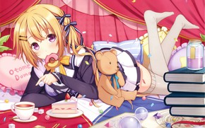 Картинка книги, девочка, занавески, бантики, пончик, сладкоежка, кусочек торта, подушки разноцветные, плюшевый мишка, чёлка, visual novel, …