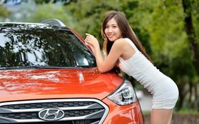 Картинка авто, взгляд, улыбка, Девушки, азиатка, Hyundai, красивая девушка, позирует над машиной